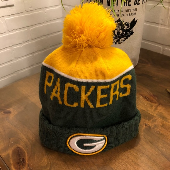 989d8d3a8 Green Bay Packers Sideline Beanie Stocking Cap. M 5a38933745b30cc899011e7e
